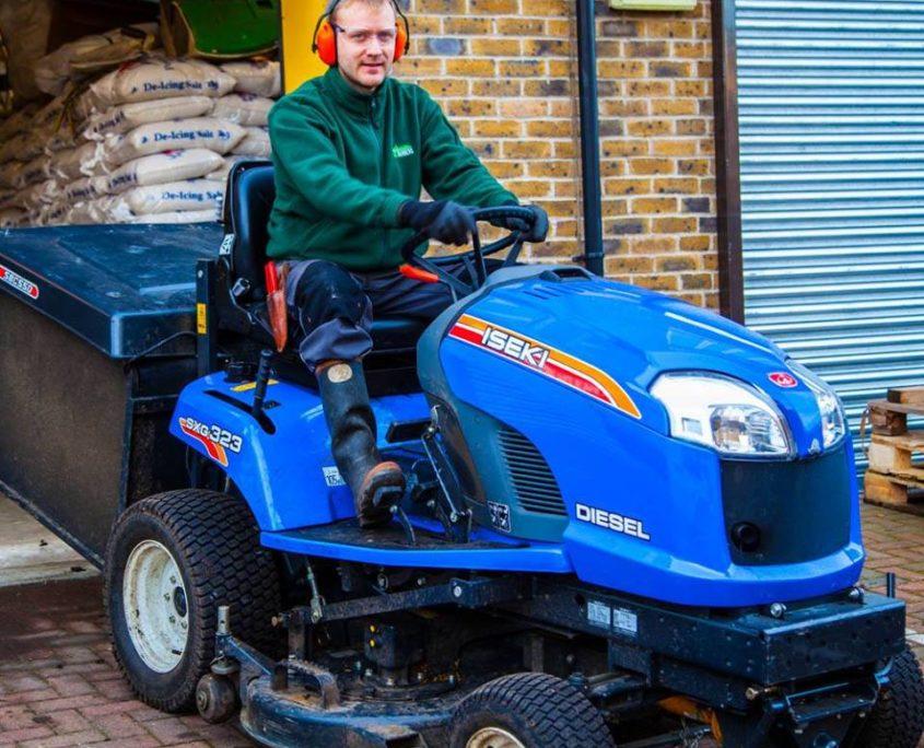 Gardening Contractors London